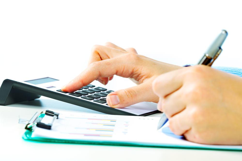 引越し料金を安くするポイントは一括見積もりサイトを利用する