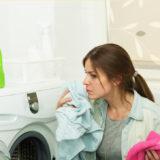 服に生えたカビを洗濯で落とす方法【黒カビや白カビの落とし方】